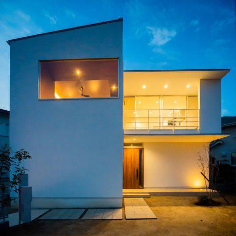 宝塚の高台の家